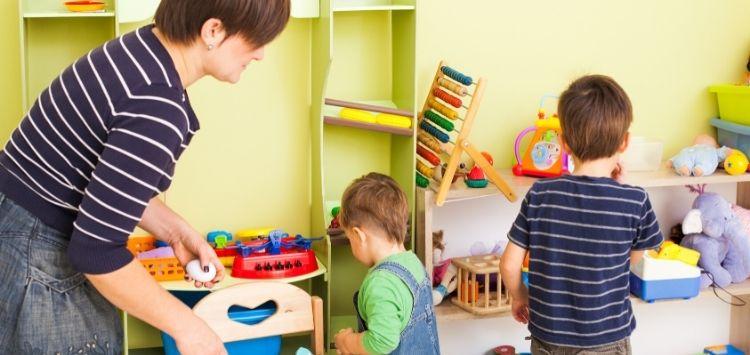 Ordnung ins Kinderzimmer bringen